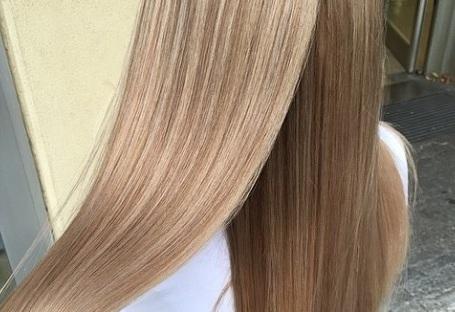 spring hair color trends light honey blonde