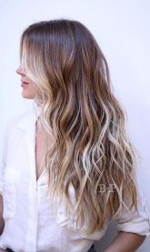 honey and bronde highlights - ombre balayage