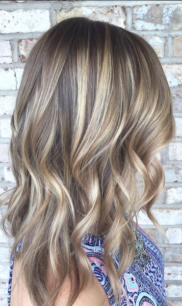 stunning bronde hair color