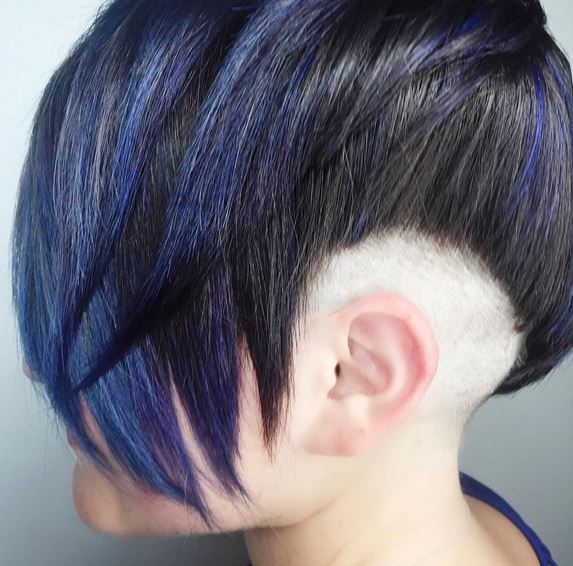 disconnected-yet-connected-pixie-hairstyle